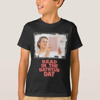 Ninth February - Read In The Bathtub Day T-Shirt