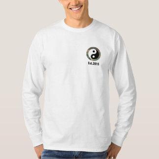 Njoku 'Yin Yang' Camo 'Circle' Long S. T-Shirt. T-Shirt