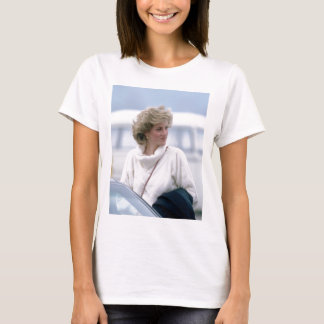 No.31 Princess Diana arrives at Zurich Airport in T-Shirt