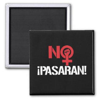 No Pasaran - Feminist --  white - Magnet