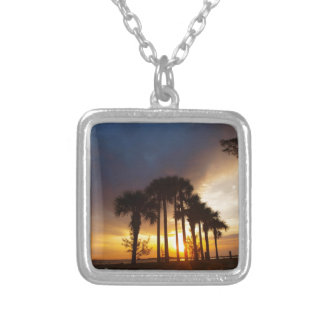 No worries silver plated necklace