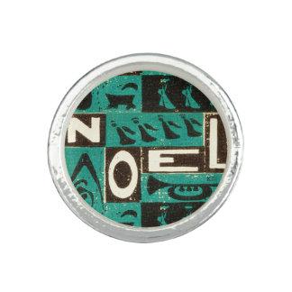 Noel Green Photo Ring