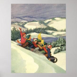 Noël vintage, enfants Sledding sur une montagne Poster