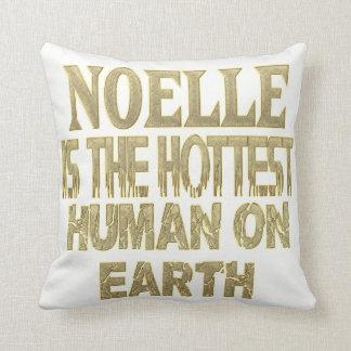 Noelle Pillow
