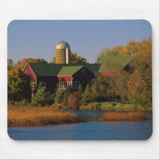 North America, USA, Wisconsin. Red Barn in Mouse Pad