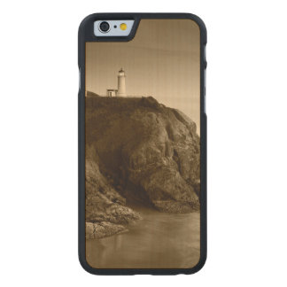 North Head Lighthouse   Fort Canby State Park, WA Carved Maple iPhone 6 Case