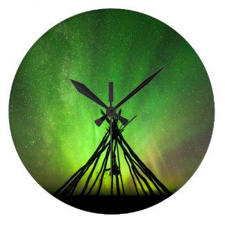 Northern lights lavvu large clock