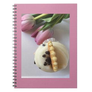 Notebook - Beautiful tulips and yummy cupcake !