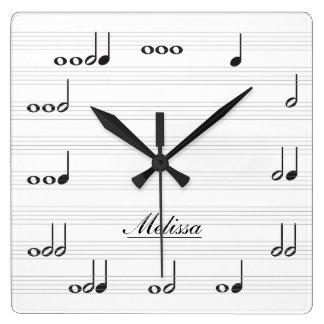Notes personnalisées de musique horloge carrée