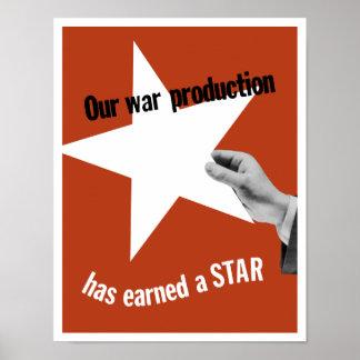 Notre production de guerre a gagné une étoile poster