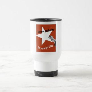 Notre production de guerre a gagné une étoile mug à café