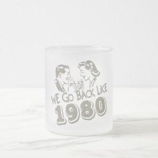 Nous retournons comme le verre 1980-Small givré Tasse Givré