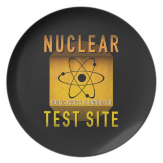 Nuclear Test Site Retro Atomic Age Grunge : Plate