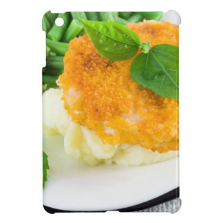 Nuggets of chicken, mashed potatoes and green bean case for the iPad mini