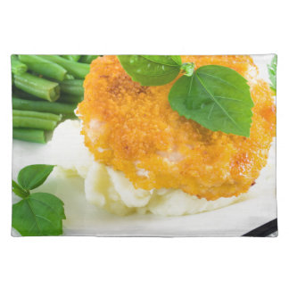Nuggets of chicken, mashed potatoes and green bean placemat