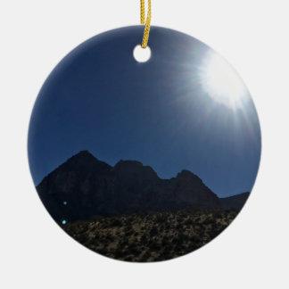Nv mountain range round ceramic ornament