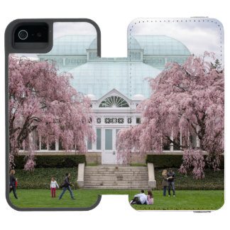 NYBG Weeping Cherry Incipio Watson™ iPhone 5 Wallet Case