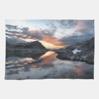 Nydiver Lakes Sunrise - Ansel Adams Wilderness Hand Towels