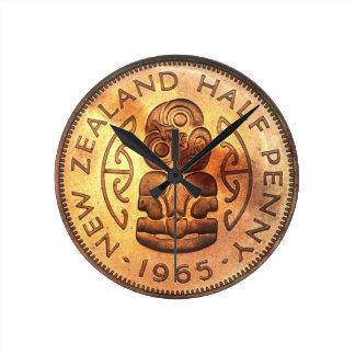 NZ New Zealand Half Penny Tiki Clock