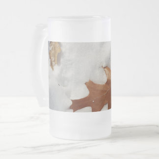 oak leaf on the snow frosted glass beer mug