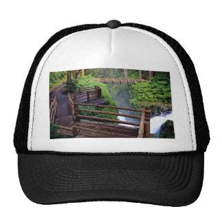 Observation deck and footbridge, Washington, U.S.A Mesh Hat