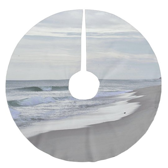Ocean waves and sandy beach brushed polyester tree skirt