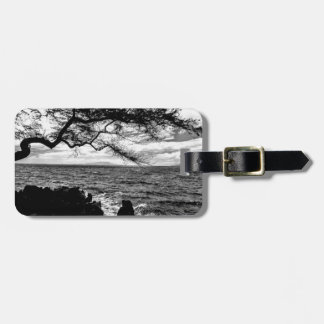Oceanside Tree in Hawaii Black and White Luggage Tag