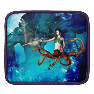 Octopus women with dolphin sleeve for iPads