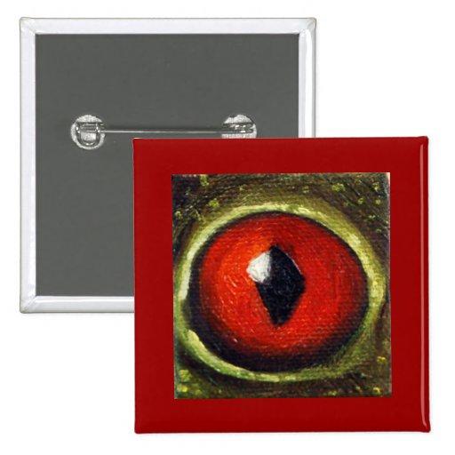 Oeil de grenouille agrandi badge