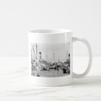Off to Cuba: 1913 Coffee Mugs