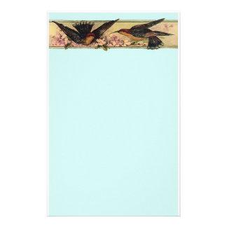 Oiseaux rencontrant les fleurs roses stationnaires papier à lettre