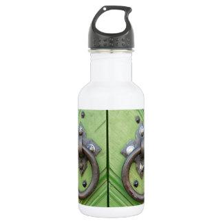 Old door 532 ml water bottle
