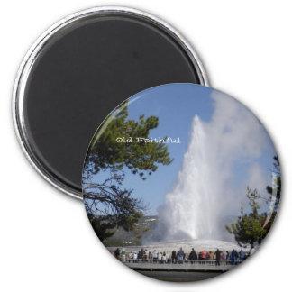 Old Faithful Round Magnet