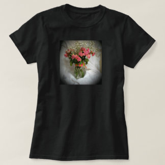 Old fashioned roses T-Shirt