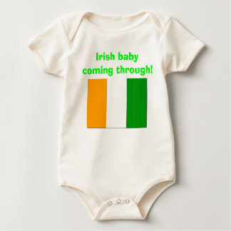 old flag of ireland, Irish baby coming through! Baby Bodysuit