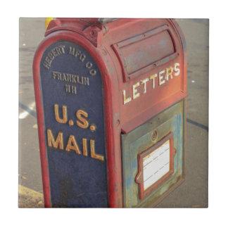 Old Mailbox Tile