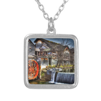 Old Mill Silver Plated Necklace