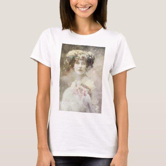 Old Photo,Vintage Lady,Roses. T-Shirt