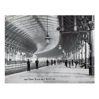 Old Postcard - York Railway Station