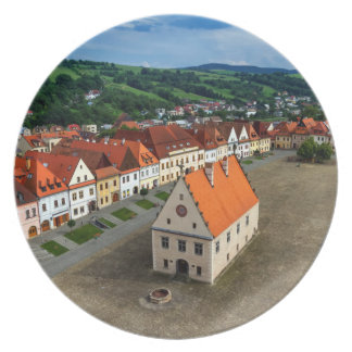 Old town square in Bardejov by day, Slovakia Plate
