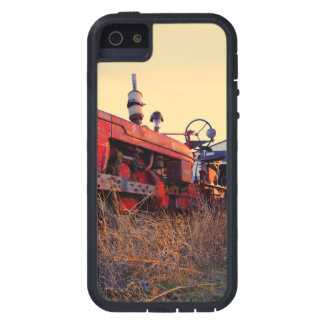 old tractor red machine vintage iPhone 5 case
