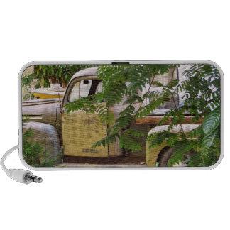 Old Truck Travelling Speaker