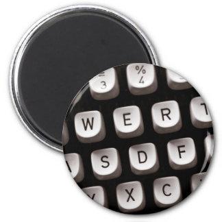 Old_Typewriter 2 Inch Round Magnet