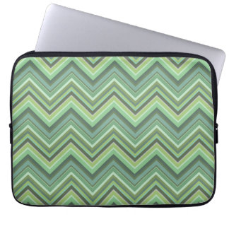 Olive green zigzag stripes laptop sleeve