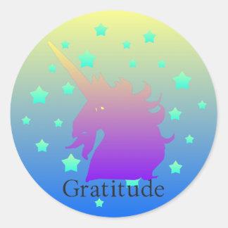 Ombre unicorn with word gratitude classic round sticker