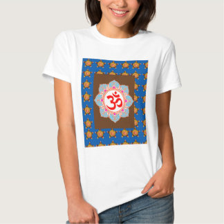 OmMANTRA Mantra Art Temple Hinduism Buddhism Bless Tshirt