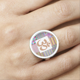 OMmantra Om Mantra Yoga Meditation Chant NVN611 Photo Ring