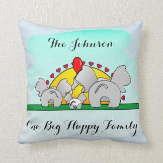 One Big Happy family, Elephants Throw Pillow