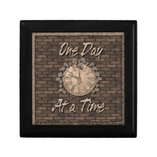 One Day at a Time God Box, Medallion Box Trinket Box