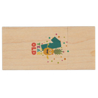 One Year old first Birthday Party Zpuo7 Wood USB Flash Drive